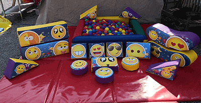 15 set Emoji Small Ball Pit Package